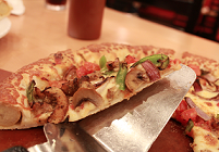 Pizza Hut (Dhanmondi)